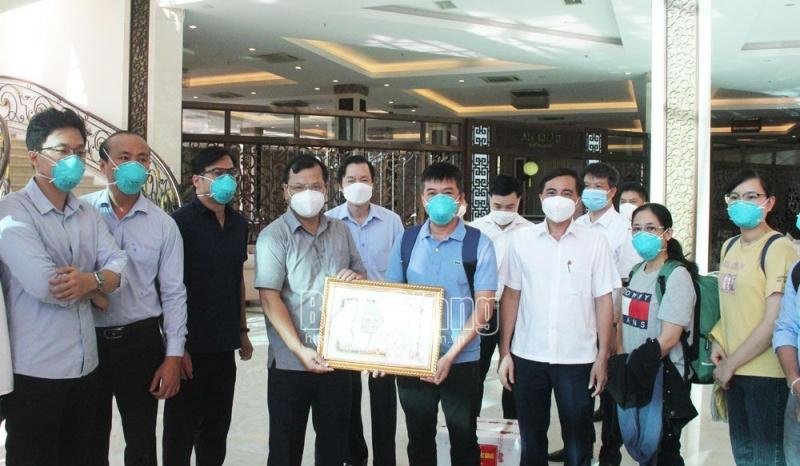 Đoàn bác sĩ tình nguyện Bệnh viện Chợ Rẫy hoàn thành nhiệm vụ chi viện y tế Bắc Giang