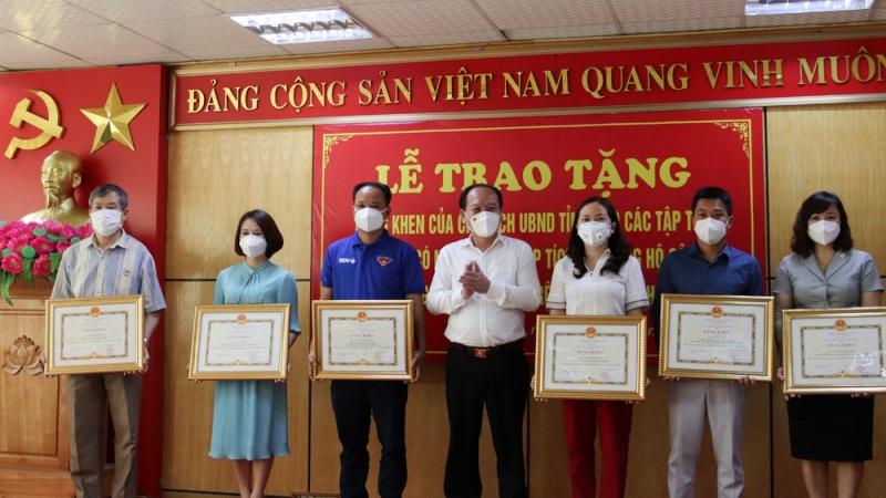 Bắc Giang khen thưởng các tập thể, cá nhân có nhiều đóng góp cho công tác phòng, chống dịch covid-19