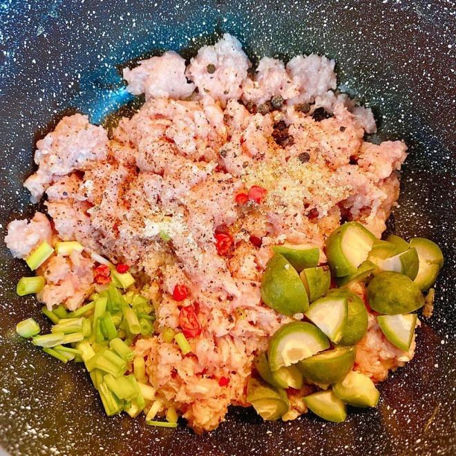 Thịt băm hấp sấu: món ngon lạ miệng, đưa cơm ngày nóng bức