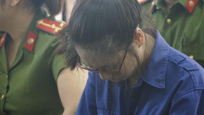 Án tử hình cho hotgirl Thái Bình bỏ xyanua vào trà sữa đầu độc chị họ