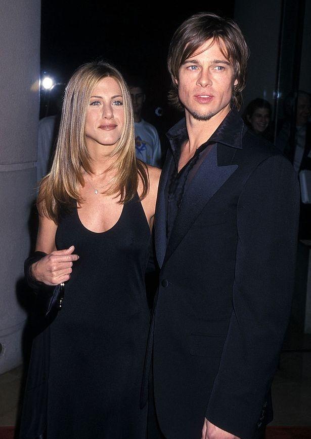 Brad Pitt và vợ cũ -Jennifer Aniston hợp tác phim mới trên MXH