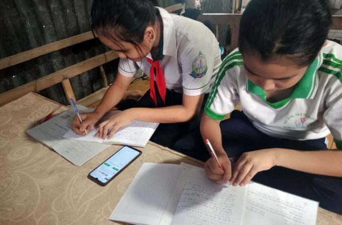 Gần 5000 học sinh Cần Thơ thiếu thiết bị học trực tuyến