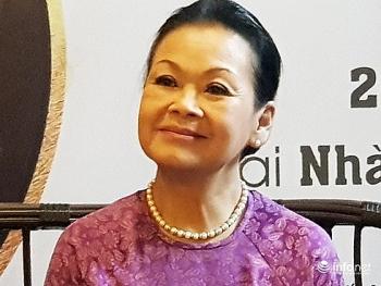 danh ca khanh ly noi ve vet thuong long cua 7 nam lam dau da nang