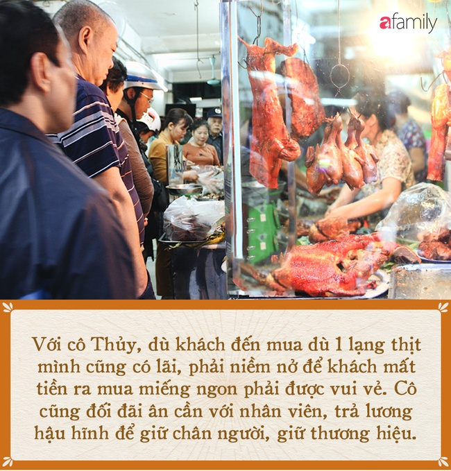 'Bí mật thành công' của hàng thịt quay lâu đời nhất Hà Nội, hơn 50 năm vẫn khiến khách xếp hàng dài như trẩy hội