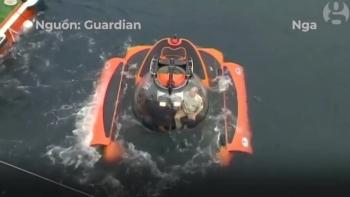 TT Putin lặn xuống đáy biển khám phá tàu ngầm chìm từ Thế chiến 2
