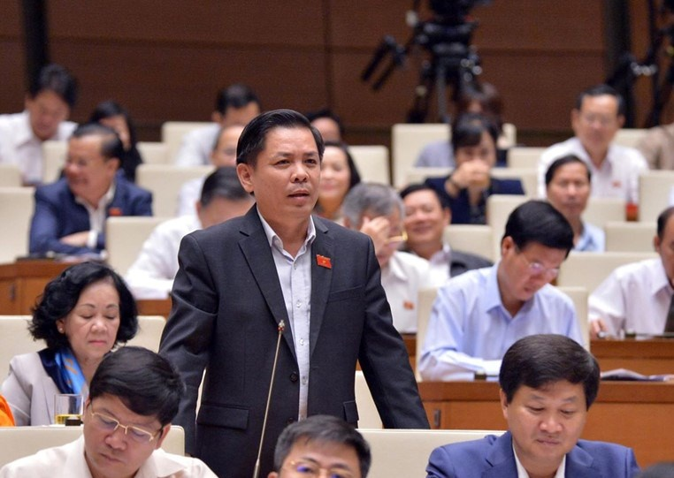 Bộ trưởng Thể 'nợ' câu trả lời về chất lượng cao tốc 34.500 tỷ