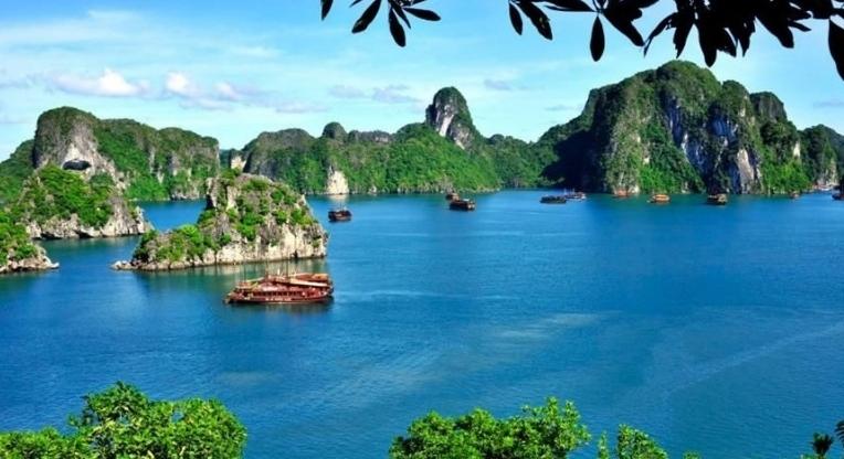 10 bãi biển đẹp nhất Việt Nam qua bình chọn của tạp chí Forbes