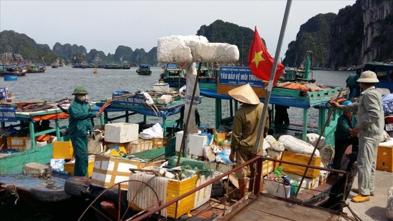 Chấm dứt việc sử dụng sản phẩm nhựa dùng 1 lần trên Vịnh Hạ Long
