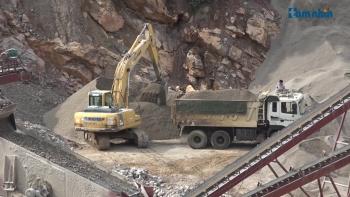 Sơn La: Cần tăng cường công tác thanh kiểm tra việc bán hàng quá tải trọng tại các mỏ khoáng sản