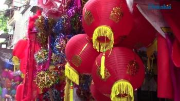 Hà Nội: Phố Hàng Mã nhộn nhịp mùa Trung thu