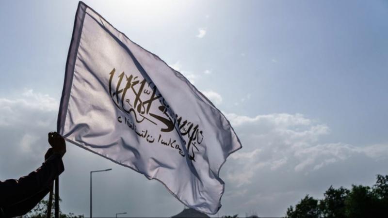 Taliban kéo cờ ở thành trì kháng cự cuối cùng