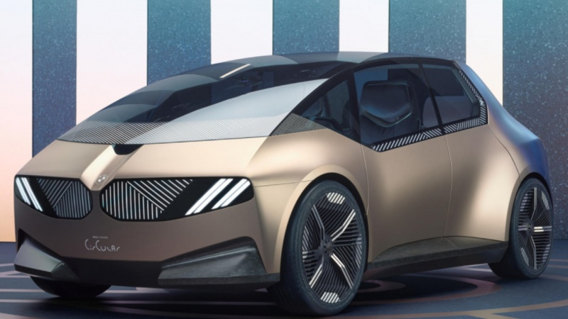 Chiếc xe đầu tiên sử dụng nguyên liệu có thể tái chế