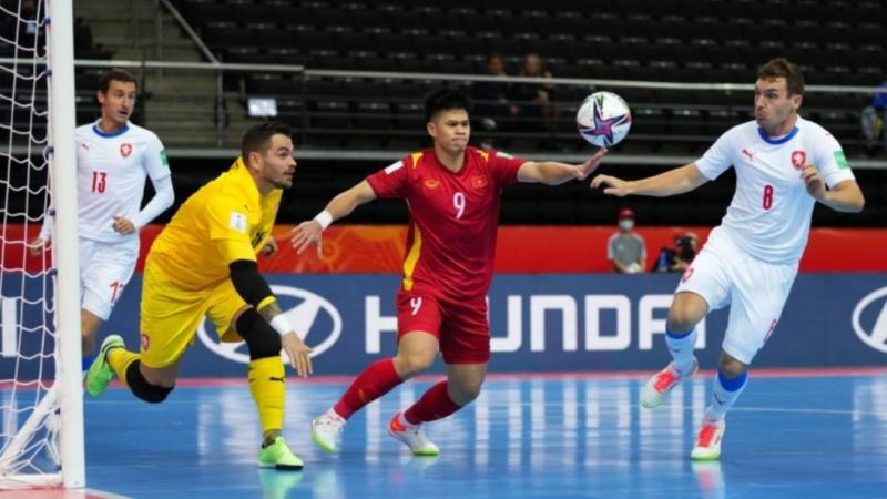 World Cup Futsal: Hòa CH Séc Việt Nam vào vòng 1/8