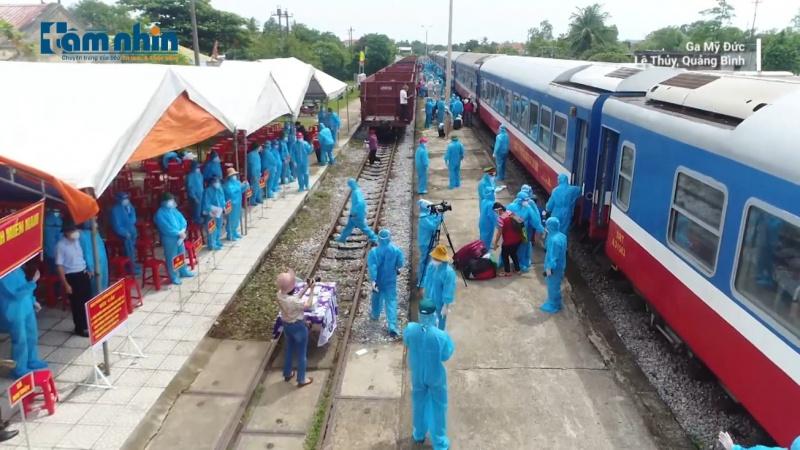Quảng Bình: Đón 3.000 người từ vùng dịch về quê bằng đường sắt