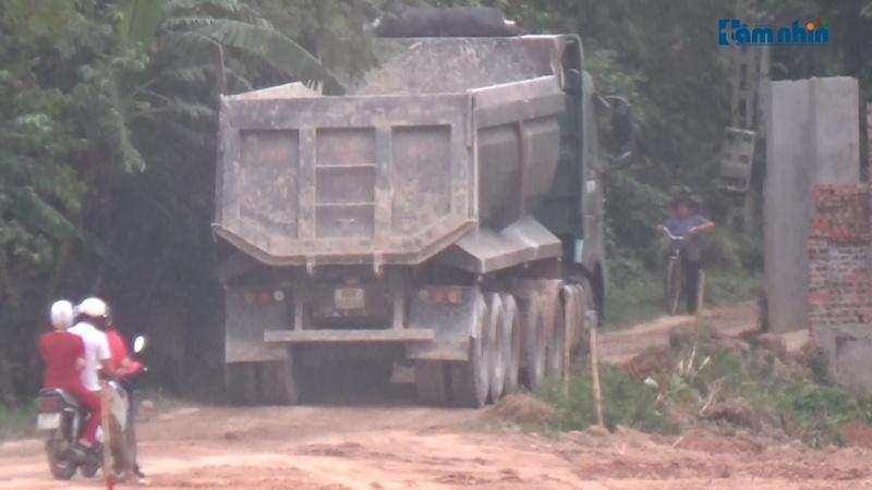 Ai bảo kê cho đất tặc ngang nhiên khai thác khoáng sản tại huyện Tam Dương - Vĩnh Phúc??