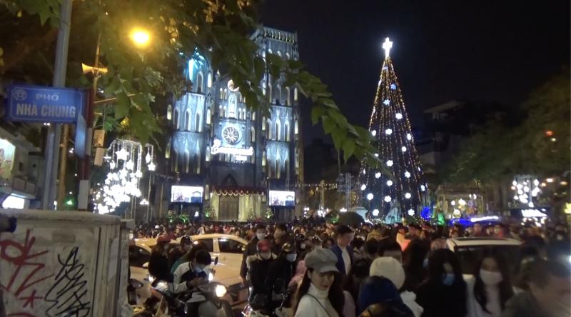 Hà Nội: Đón Giáng sinh 2020 giữa đại dịch Covid -19