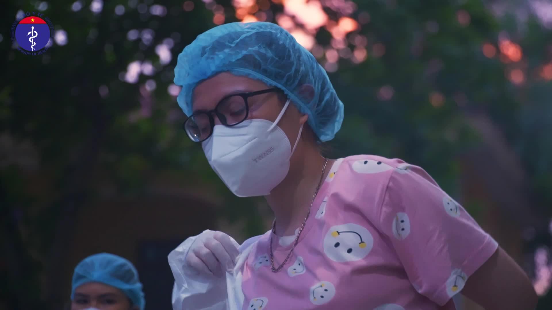 Chuyện Nữ sinh xung phong vào tâm dịch Bắc Giang
